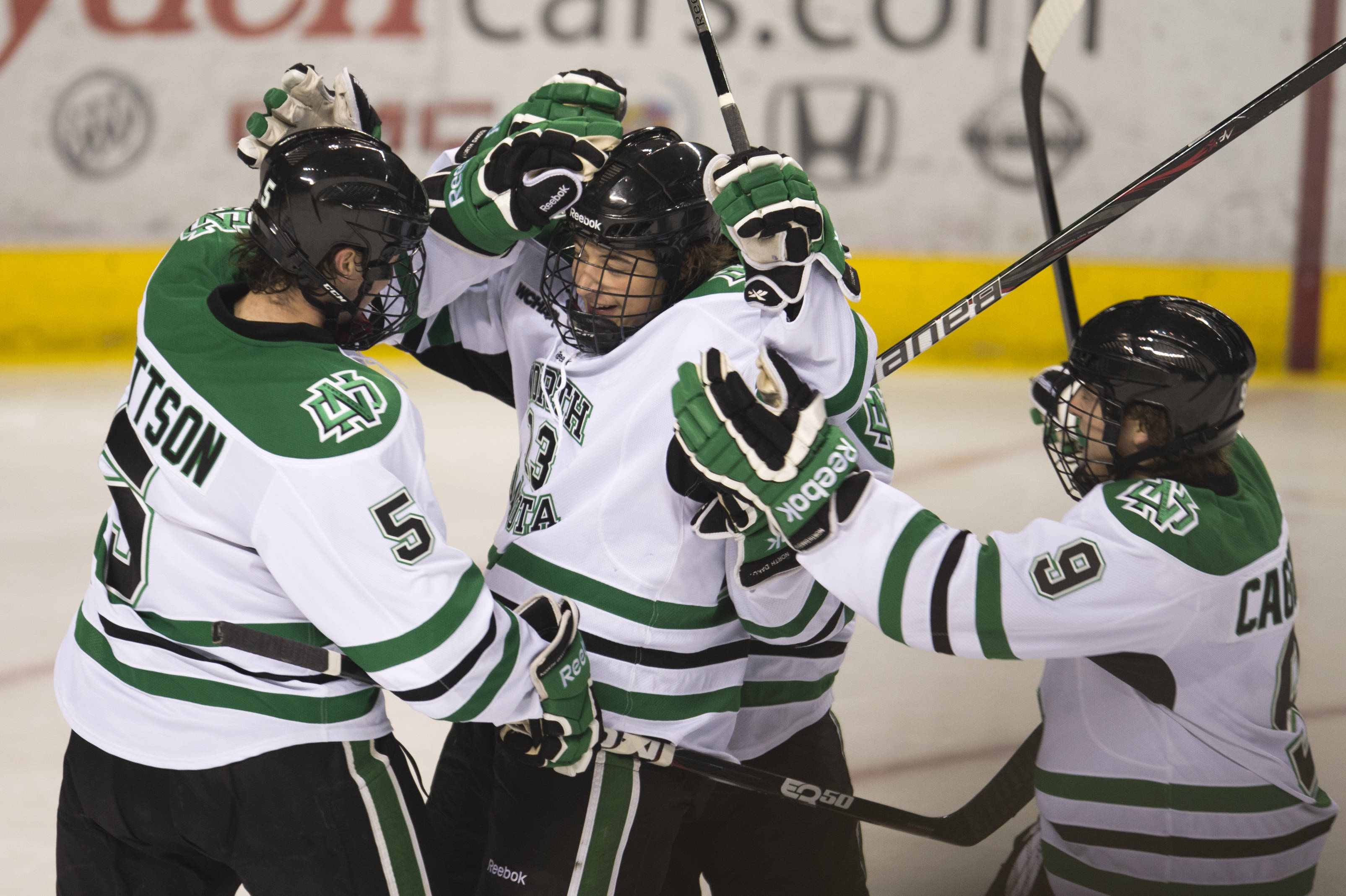 d95949fe5b8 Game Notes  UND travels to first-place SCSU - University of North ...