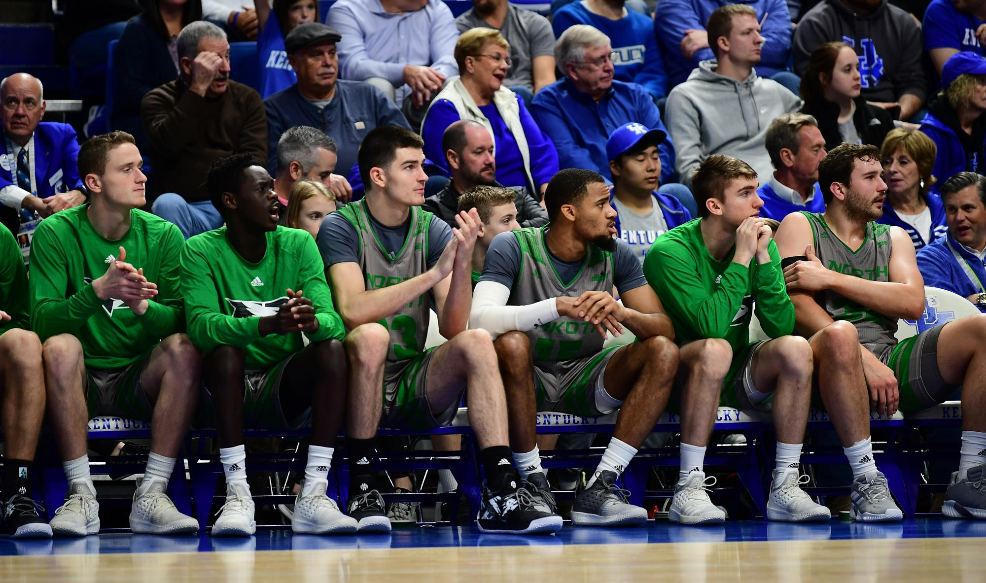NOTES: Bulldogs on tap for Fighting Hawks hoops squad - University